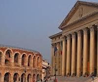 Palazzo Barbieri e Arena di Verona